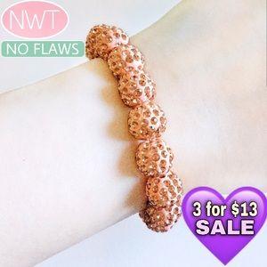 💜10/$25💜Coral Color Fashion Bracelet NWT